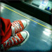 Chaussures Rouge en gare